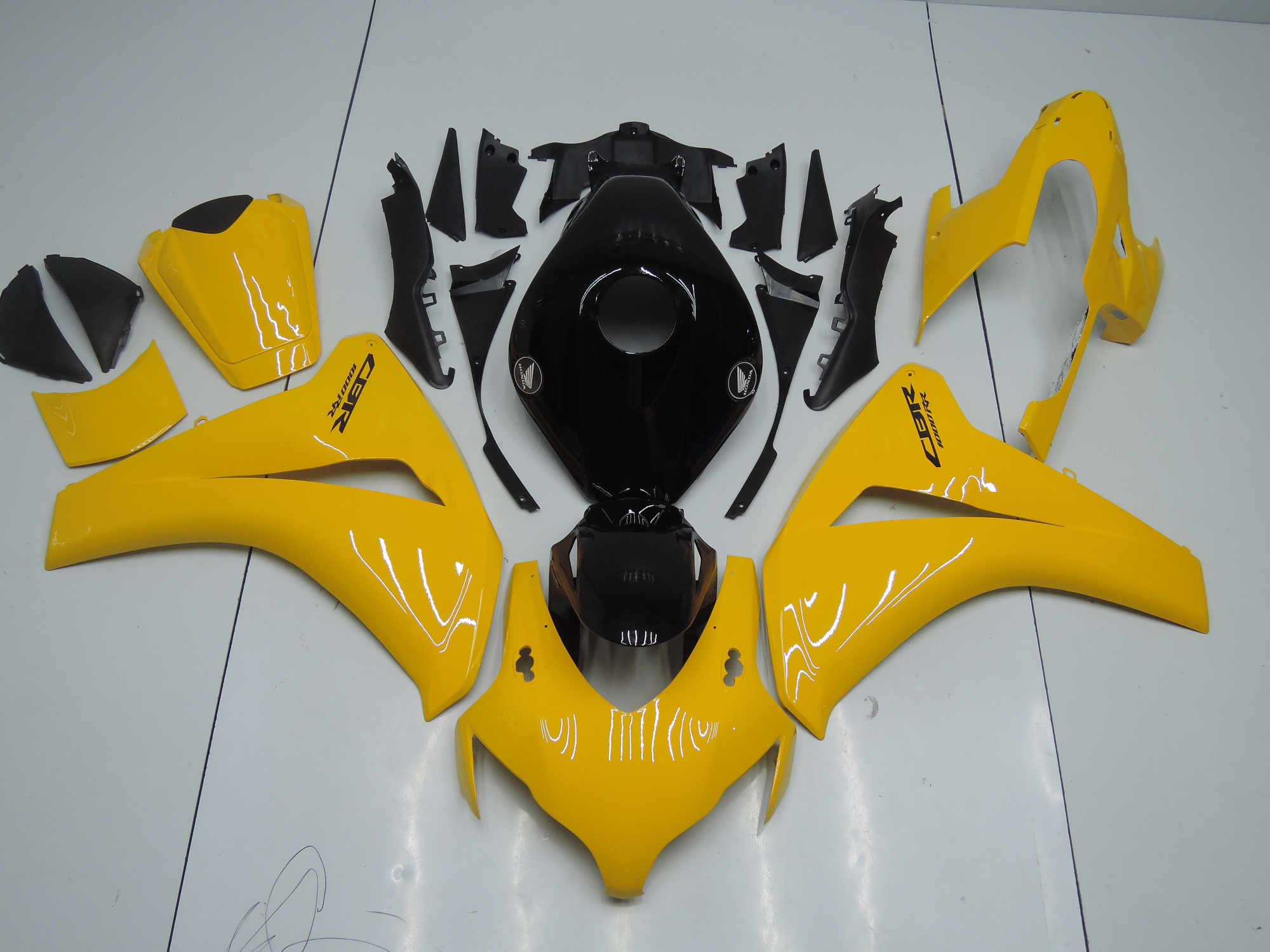 CBR1000RR 2008-2011 YELLOW AND BLACK